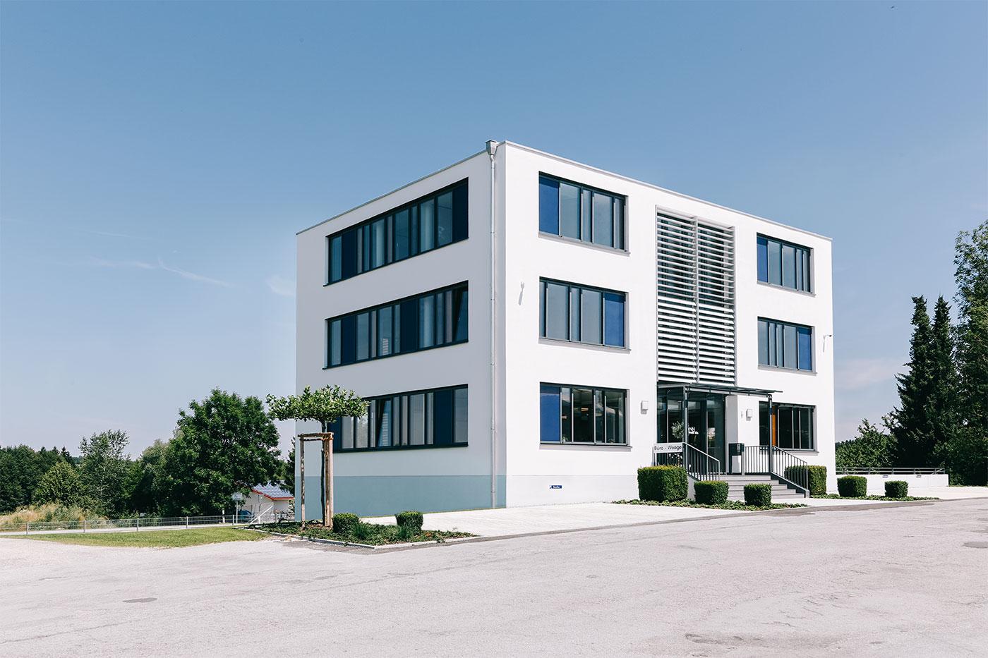 Das Verwaltungsgebäude von Wittmann Recycling